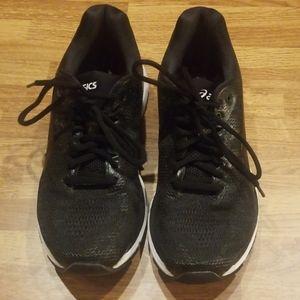 Women's Asics Nimbus 20 running shoe, size 8